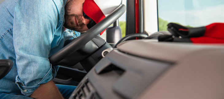 Truck Driver Fatigue Dangers